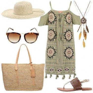 Outfit Pranzo in riva al mare