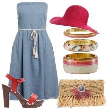 Outfit Con un tocco di rosso