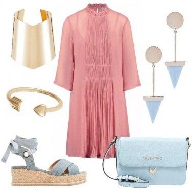 Outfit Rosa azzurro e oro