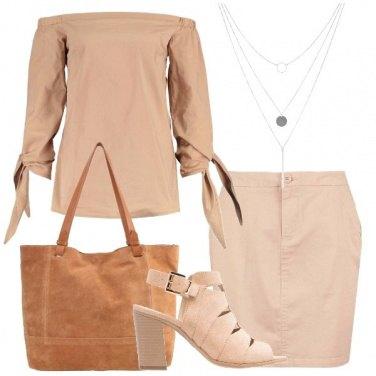 Outfit Essenzialmente donna