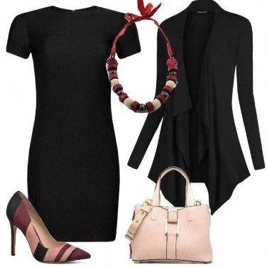 Outfit Nero a colori