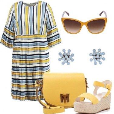 Outfit Giallo ed azzurro