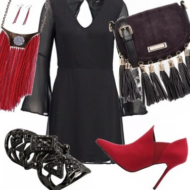 Outfit Girl in black, red and ..fringe