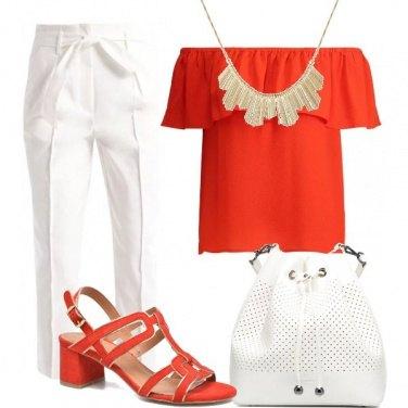 Outfit Esalta il corallo