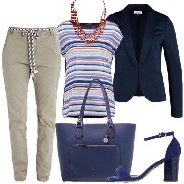 Outfit Colore e glamour in ufficio