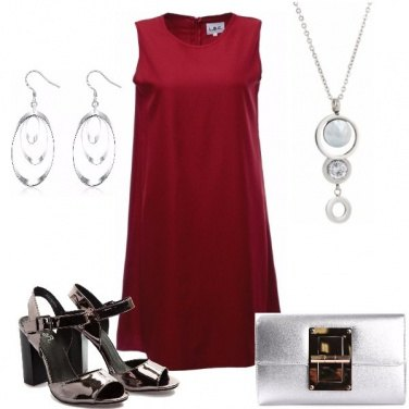 Outfit In rosso e argento