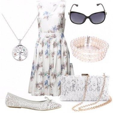 Outfit Fiori e pizzo