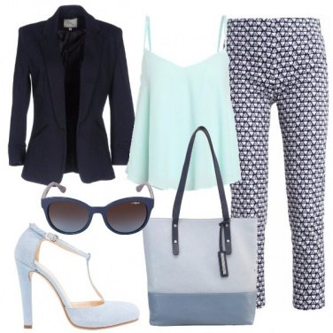 Outfit Sfumature di blu per il giorno