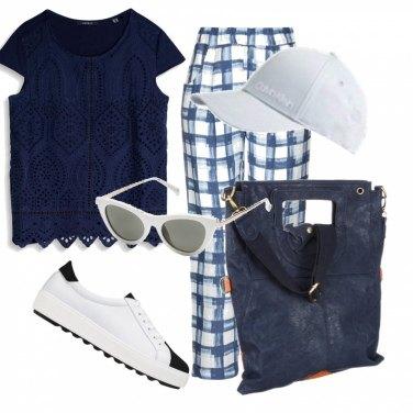 negozio online venduto in tutto il mondo vendite speciali Come abbinare la vestaglia blu: 59 Outfit Donna | Inverno 2020 ...