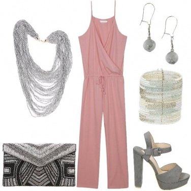 Outfit A suon di perline