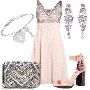 Outfit Preziosa in rosa e argento