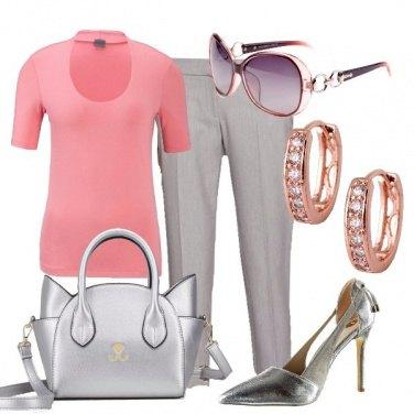 Outfit Al lavoro in grigio e rosa
