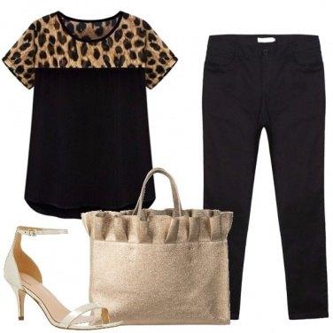 Outfit Una t-shirt leopardata