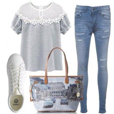 Outfit Una t-shirt romantica