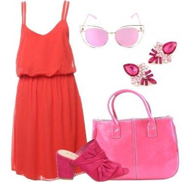 Outfit Rosso arancio e rosa