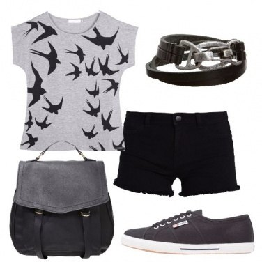Outfit Shorts e sneakers