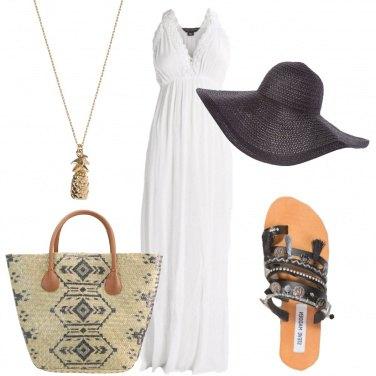 Outfit Al mare con il cappello