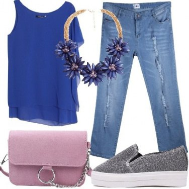 Outfit Look chic con i jeans alla moda