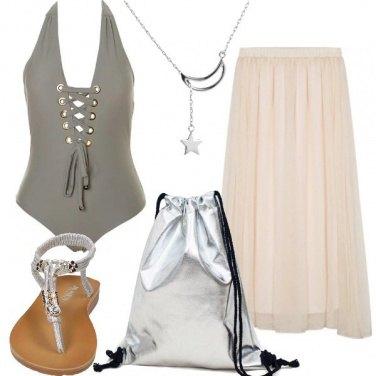 Outfit In linea diretta con la spiaggia