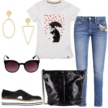 Outfit Piove amore sulla t-shirt