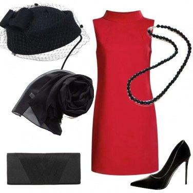 Outfit Invitata in rosso