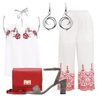 Outfit Rose rosse sul top
