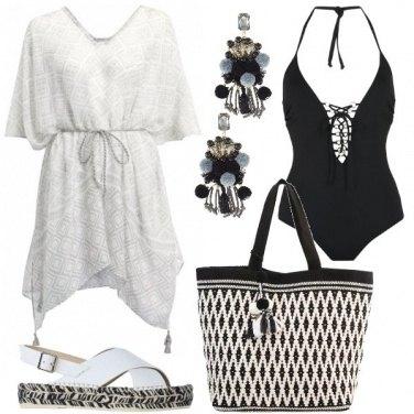 Outfit Affascinante in bianco e nero