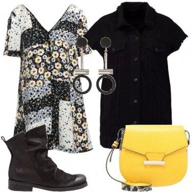 Outfit Mini abito con stivaletto
