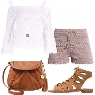 Outfit Short di merletto
