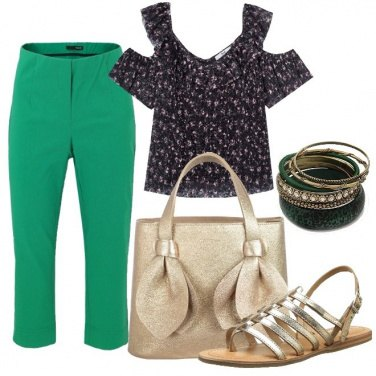 Outfit I sandali flat dorati