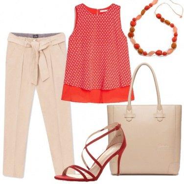 Outfit Rosso e beige in ufficio