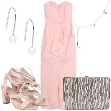 Outfit La scollatura a cuore