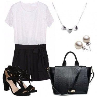 Outfit Perle e cuori