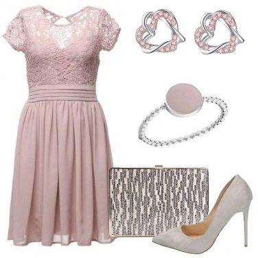 Outfit Delicata in rosa e argento