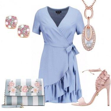 Outfit La delicatezza dei colori pastello