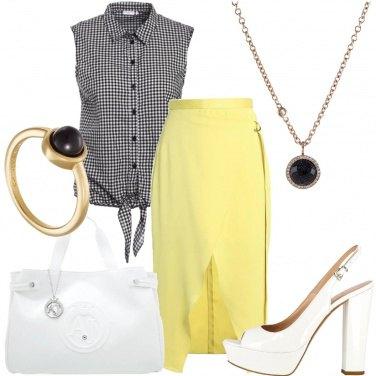 Outfit Campana gialla