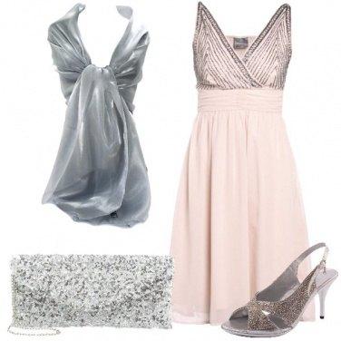Outfit Dolce e brillante
