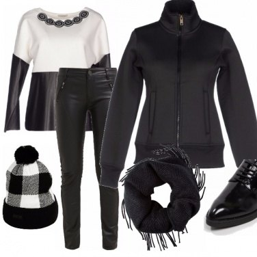 Outfit Blusa in neoprene