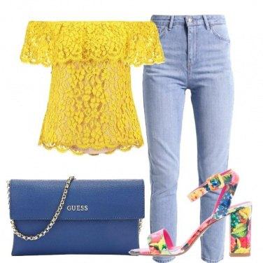 Outfit Il sandalo floreale