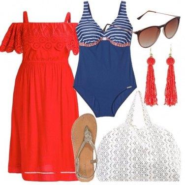 Outfit Rosso e blu al mare