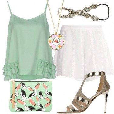 Outfit Attraente verde pastello