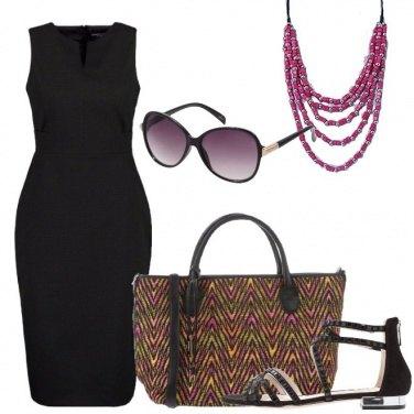 Outfit Il tubino nero versatile