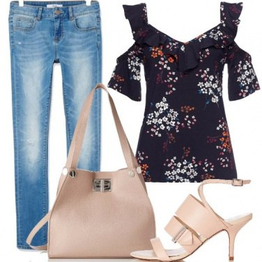 Outfit Semplice e femminile