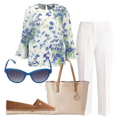 Outfit La camicetta a fiori