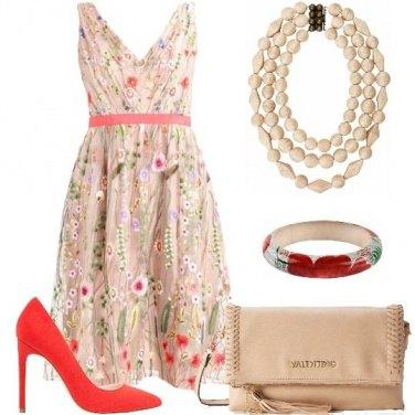 Outfit Cascata di fiori