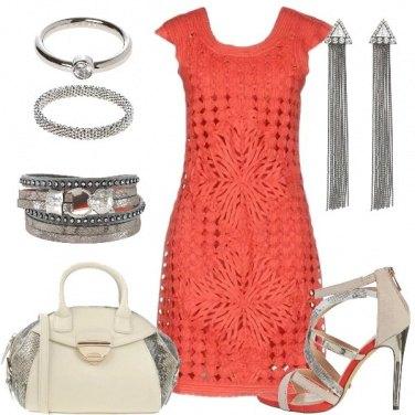 Outfit Abito corallo