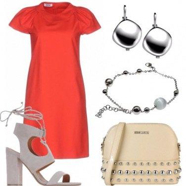 df2f3d13cb67 Il vestito rosso   outfit donna Basic per cerimonia e serata fuori ...