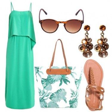 Outfit Foglie sulla borsa