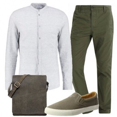 Outfit Verde lineare