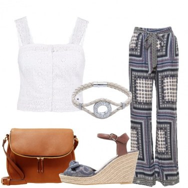 Outfit Il top bianco pizzo e crochet